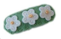 Sweet Snaps - Baby White Flowers on Pretty Green