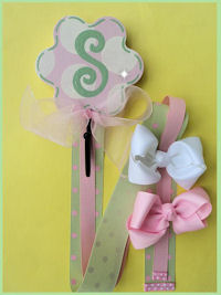 Flower Hook - Pink & Green