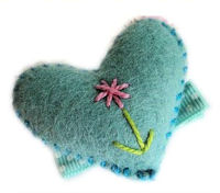 FELT CLIP - Heart - Cute n Puffy - Turquoise Stitch