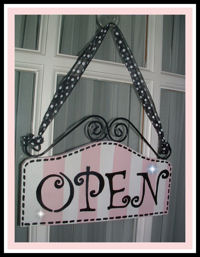 Boutique Sign - OPEN & CLOSED Pink Yellow STRIPES