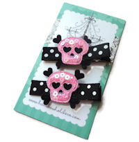 Skull Girl Team - Pink on Black Dots