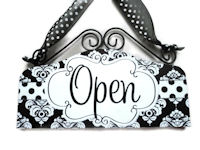 OPEN & CLOSED - Dots n Damask - Black and White