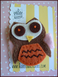 FELT CLIP - OWL - Brown on PINK felt