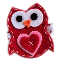 FELT CLIP - Owl in Love - Red on Stitch